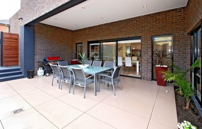 Decorative-concrete-alfresco